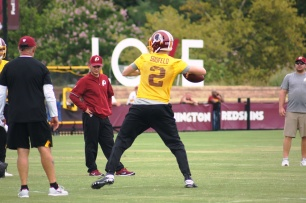 Quarterback Nate Sudfeld gets ready to pass. (Photo by Jake Russell)