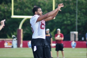 Tight end Jordan Reed prepares to make the catch. (Photo by Jake Russell)